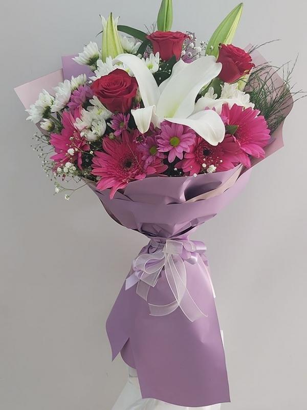 Mevsim Çiçekleri Renkli Buket