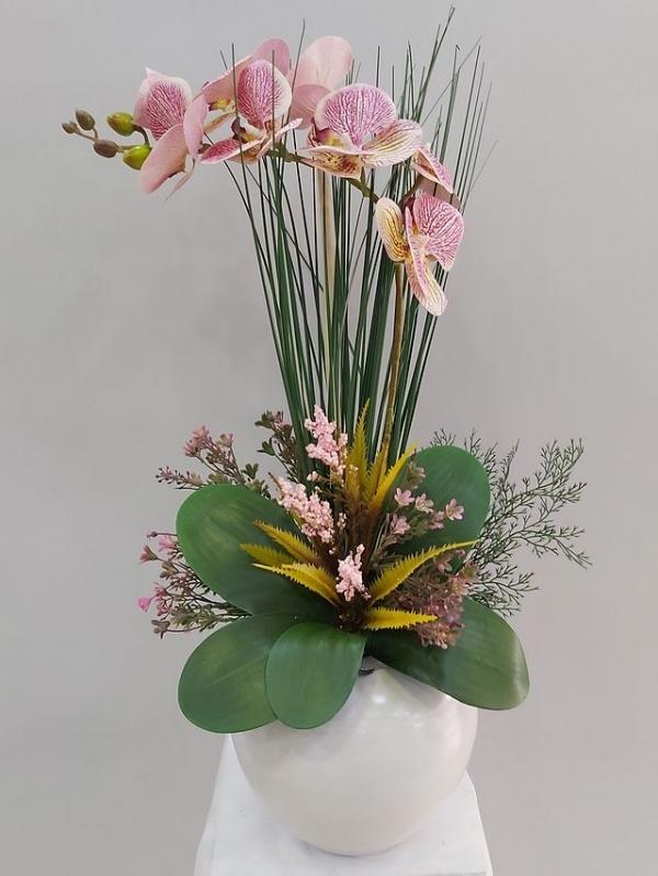 Pembe Yapay Orkide