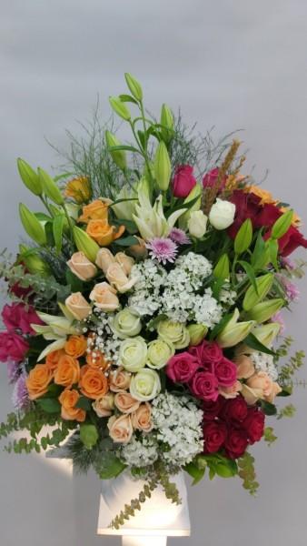 İzmir Çiçek Özel Çiçek Tasarımı