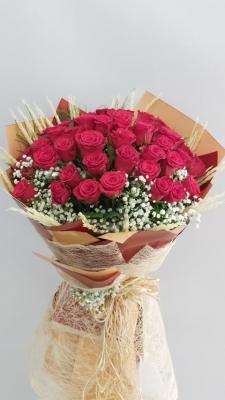 41 Kırmızı Gül Nişan Çiçeği